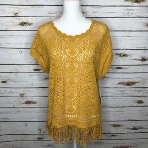 Sun & Shadow Crochet Mustard Sleeveless Fringe M